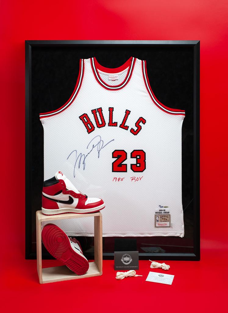 Nike Air Jordan 1985 & BRED