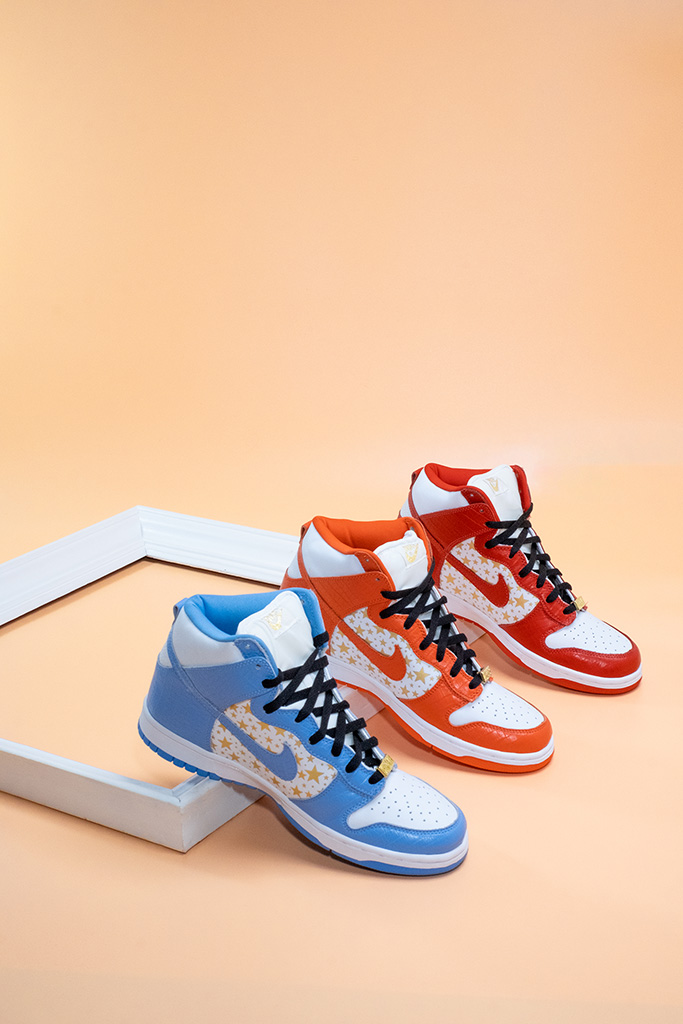 Nike SB Dunk High Pro Supreme Collection Overview Frame